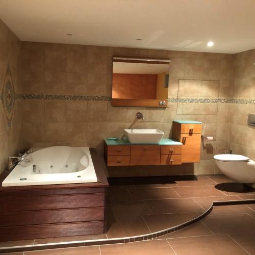 Aménagement d'une salle de bain au sous sol